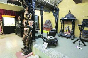 M_Id_277157_Raja_Dinkar_Kelkar_Museum