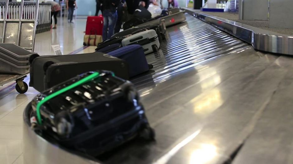 baggage_footage.shutterstock.com_